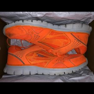 CATAPULT Running Shoes US 12